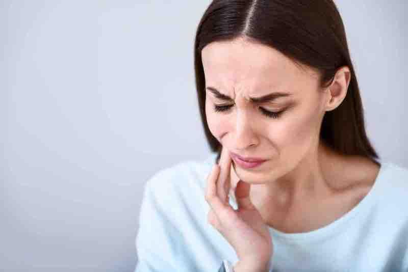 Чувствительные зубы – каковы причины?