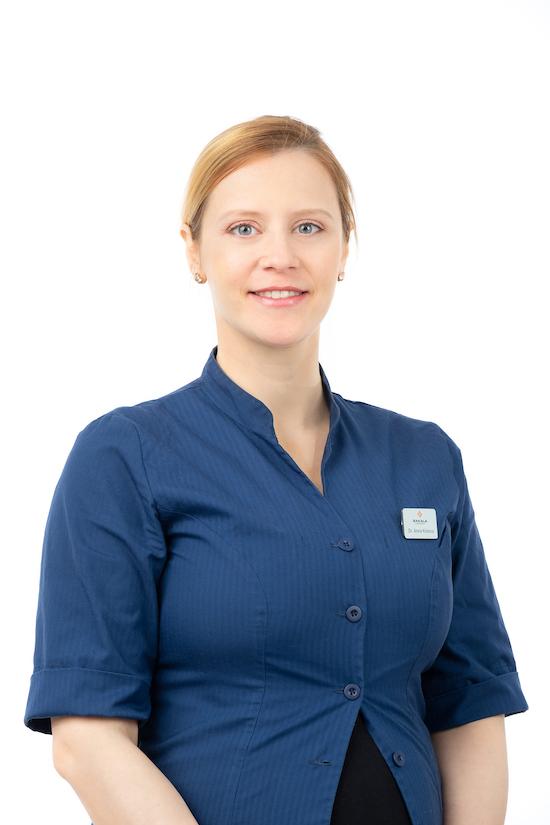 Dr. Anna Kotova   Hambaarst   Parodontoloog   Sakala Hambaravi