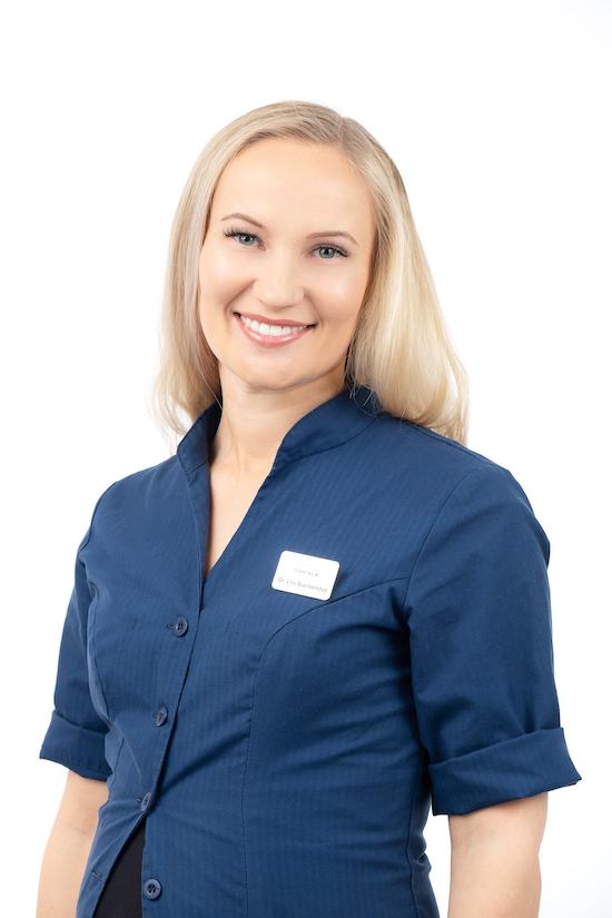Dr. Liis Burmeister | Proteesimine | Sakala Hambaravi Tallinnas