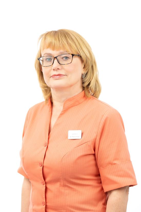 Dr. Maris Kraav